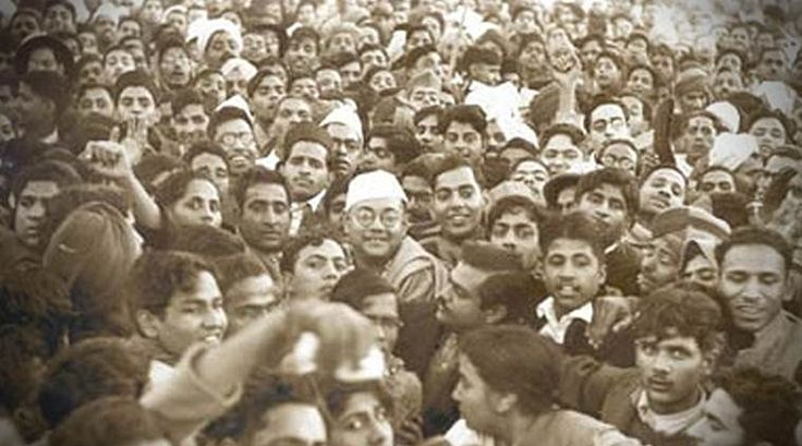 Subhas Chandra Bose, then president of the Indian National Congress, at the centre of
