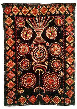 Kirjottu peitto Jämijärveltä (173x132 cm). Kuva: Museovirasto.(