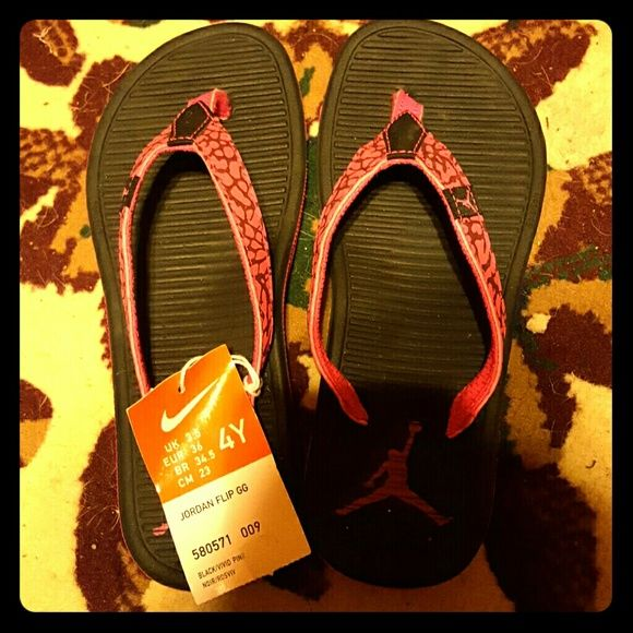 Nike jordan flip flops Nike Jordan's 4y ,I bought off eBay n I cnt wear them to small n I cnt exchange them so Tryin to sell so I can get more or up for trade my size ...my loss ,ur gain nike jordans Shoes Sandals