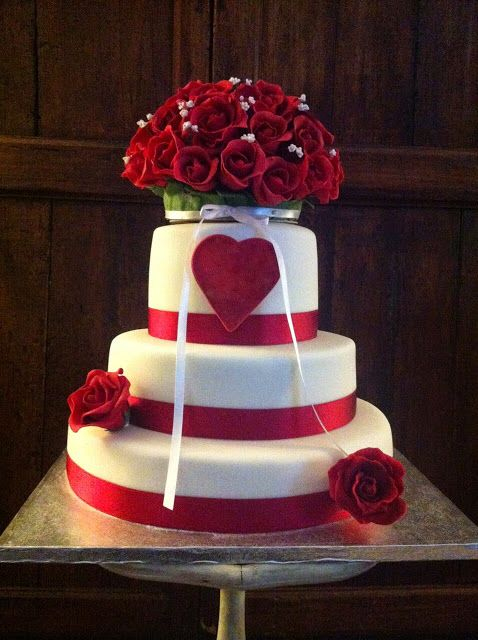 Wedding Cake -  torta con rose  Cake with roses