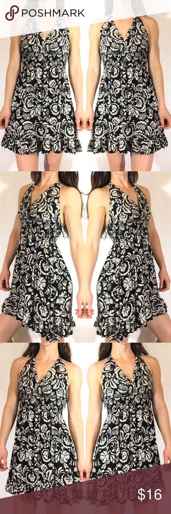 POETRY BLACK AND WHITE FLORAL HALTER MINI DRESS M Black and white floral halter dress. Size medium Poetry Dresses Mini