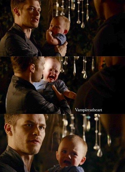 "The Originals – TV Série - Niklaus ""Klaus"" Mikaelson (Joseph Morgan) - baby Hope Mikaelson - daughter (filha) - father (pai) - dad (papai) - Klaus and Hope"