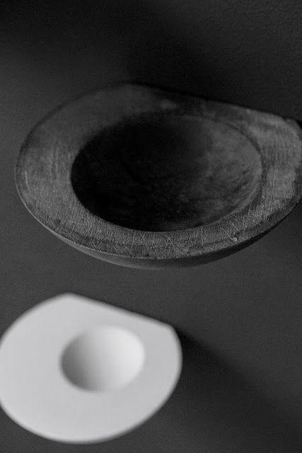 Poast Art and Design: LICHEN SHELF: NEW PORCELAIN WALL BOWLS BY POAST