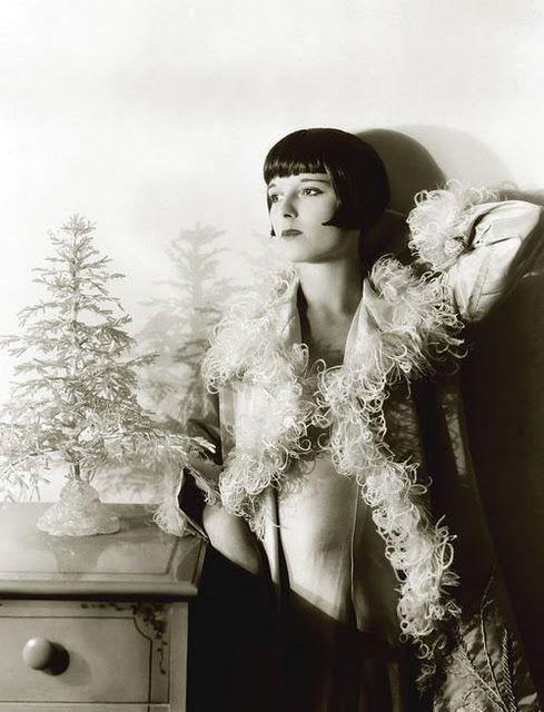 Louise Brooks @ Christmas