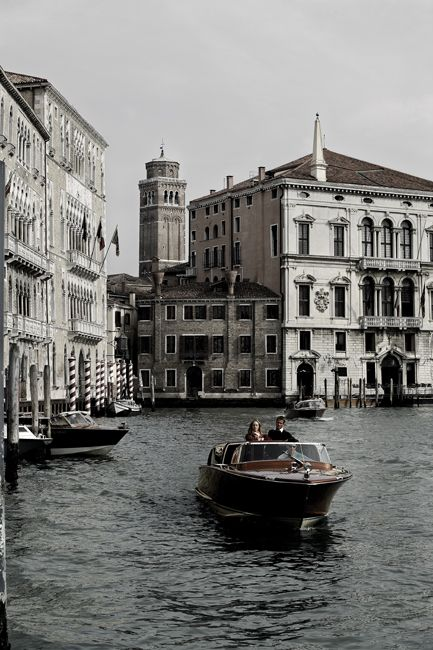 Venice photo by Óscar Almeida