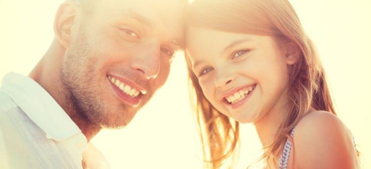 25 de lucruri Extraordinare pe care orice Tata ar trebui sa le faca pentru Fiica sa  Detalii aici > http://www.garbo.ro/articol/Familie/18380/25-de-lucruri-de-facut-pentru-tatii-de-fete.html#ixzz3Y2EMeTJ5  Follow us: @GarboRo on Twitter | Garbo.ro on Facebook