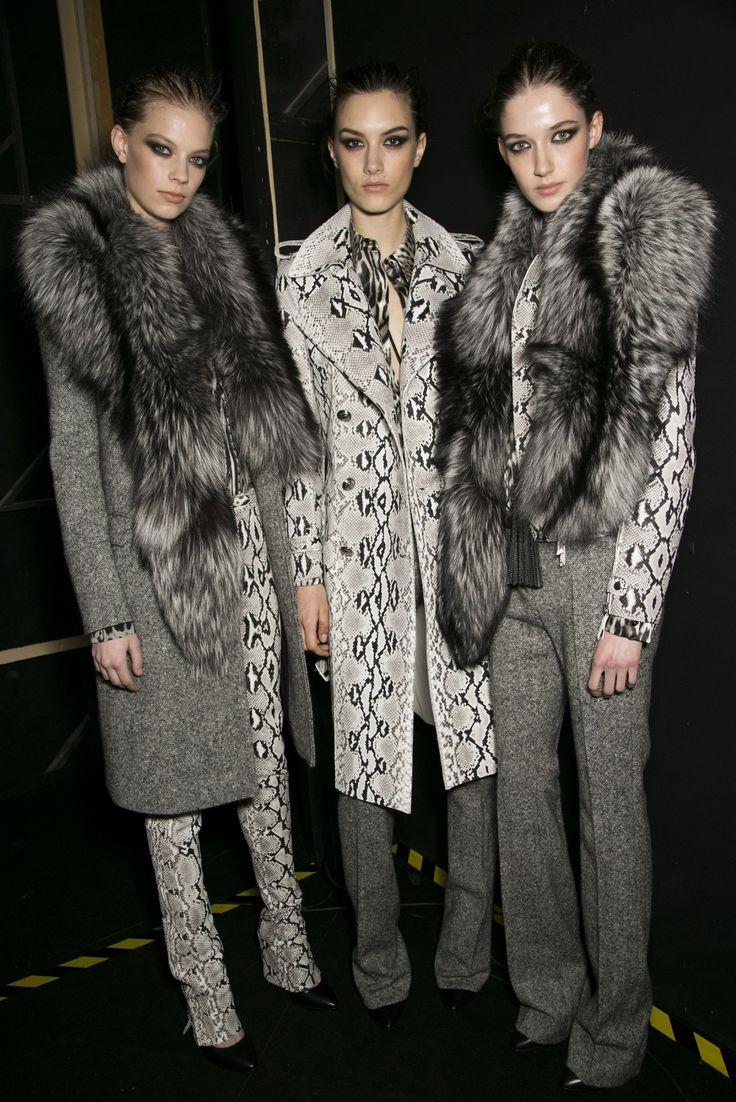 235 best weste images on pinterest fox fur furs and fur fashion. Black Bedroom Furniture Sets. Home Design Ideas