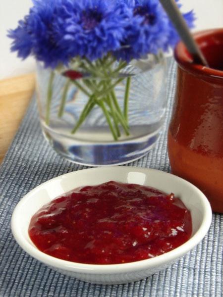 Dżem rabarbarowo-truskawkowy - cincin.cc - witaj w krainie inspiracji smaku