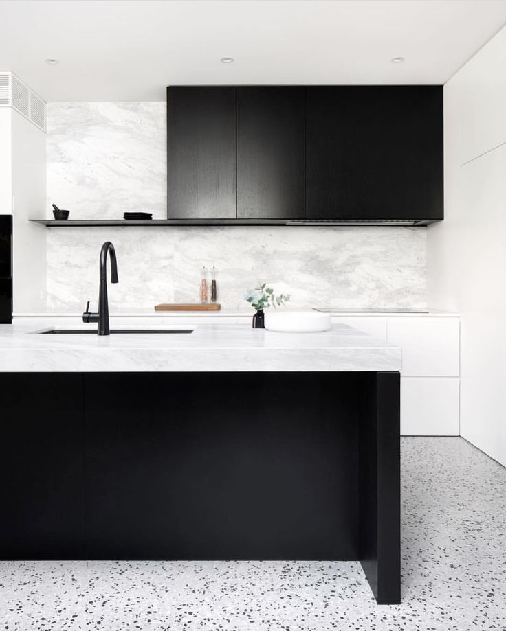 "201 Likes, 5 Comments - Dot➕Pop Interiors - Eve Gunson (@dotandpop) on Instagram: ""That floor, that cabinetry and that marble ❤ Monochrome for days... York Street Kitchen by…"""