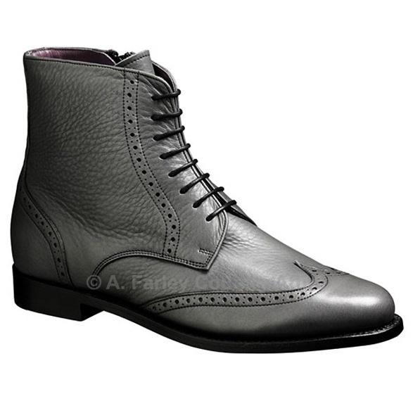Barker Ladies Boots – Faye – Black Calf – Chelsea Brogue http://www.afarleycountryattire.co.uk/shop/barker-ladies-boots-faye-black-calf-chelsea-brogue/ #barkershoes #brogues