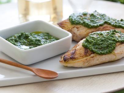 Grilled Chicken with Spinach-Pine Nut Pesto