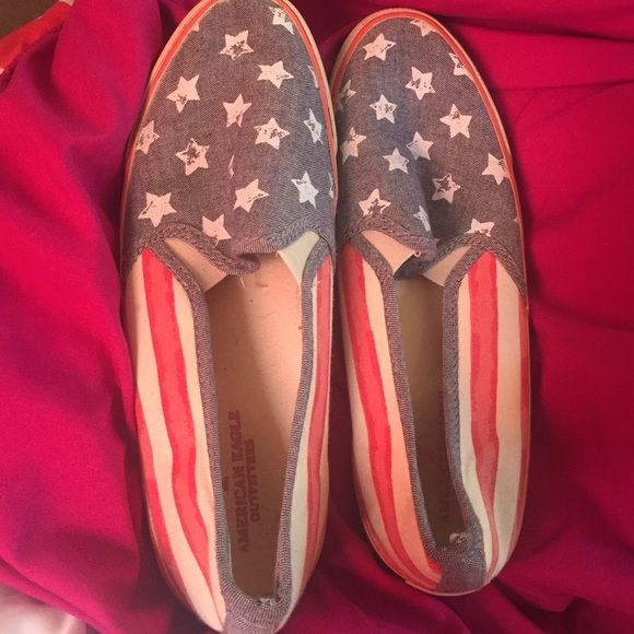 American Eagle shoes American flag design in great condition, worn only a few times! American Eagle Outfitters Shoes