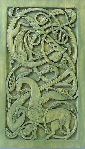Perfect green dragon tile - around a fireplace? Perhaps on a kitchen backsplash over the stove? Maybe set in place above the front door? Green-dragons08-72.jpg