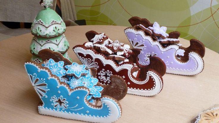 Royal Iced Gingerbread Sleigh Cookies.