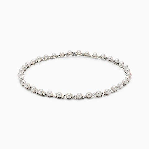 Collana Tiffany Aria di perle coltivate e diamanti, in platino.