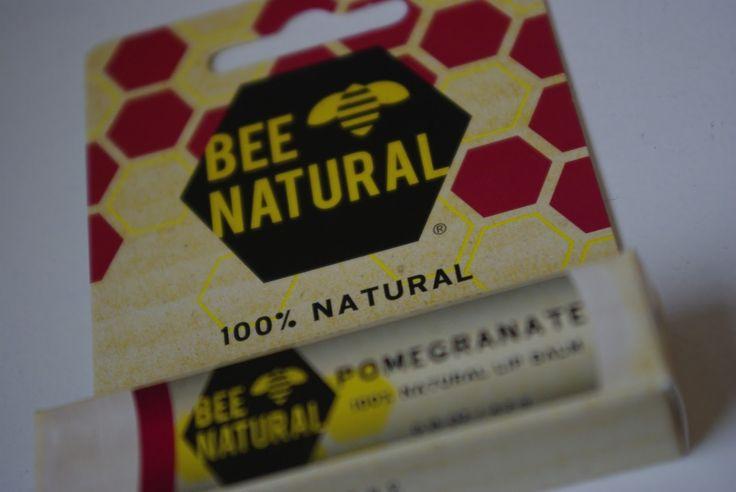 Bee Natural Pomegranate Lippenpflege: ab jetzt immer gepflegte Lippen! Den gesamten Bericht findet ihr hier: http://lucciola-test.blogspot.de/2014/05/produkttest-bee-natural-pomegranate.html