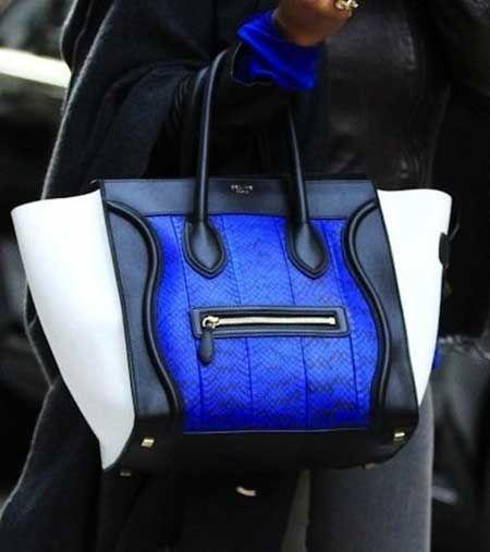 Bu sene küçük el çantaları çok moda...