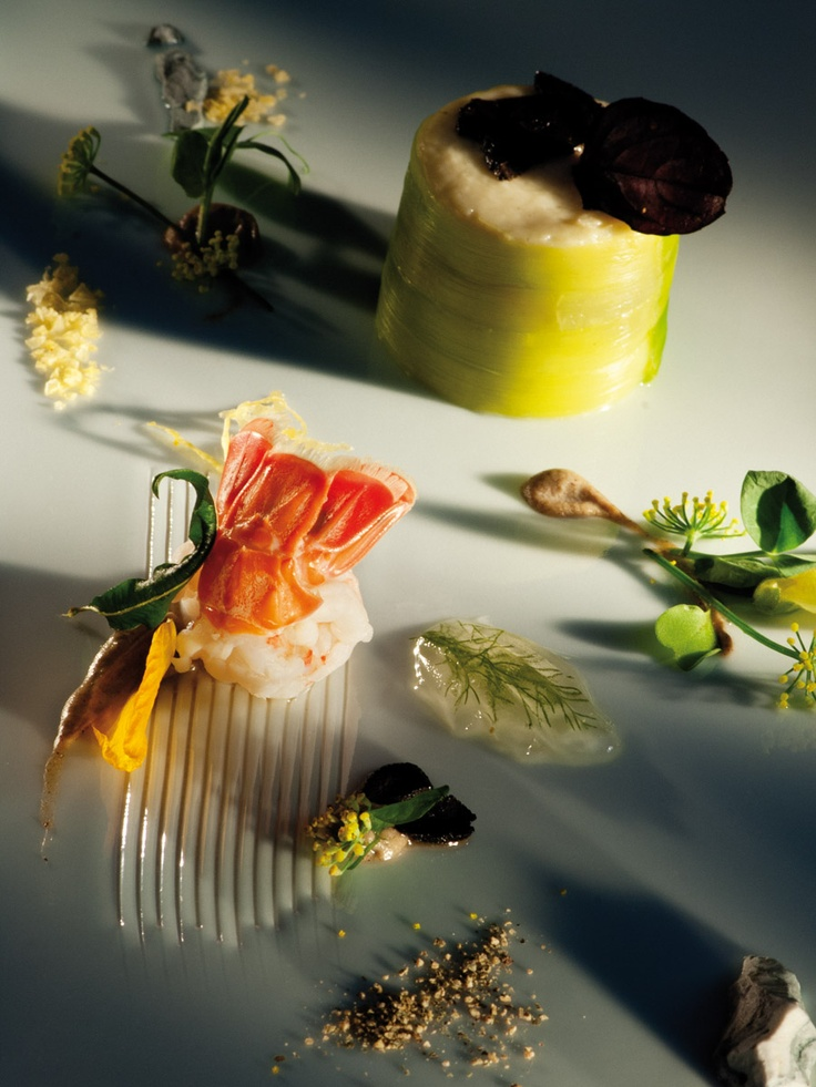Chantel Dartnall, Restaurant Mosaic at The Orient Hotel (Pretoria)  COPYRIGHT: Opulent Living Magazine