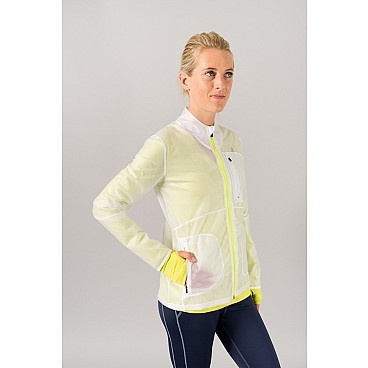 Oiselle Clearly Running Jacket. #running clothes. Perfect for autumn or warmish winter runnning.
