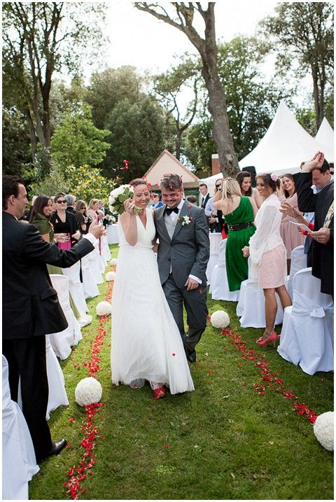 Outdoor wedding ceremony in South of France © Ian Holmes Photography