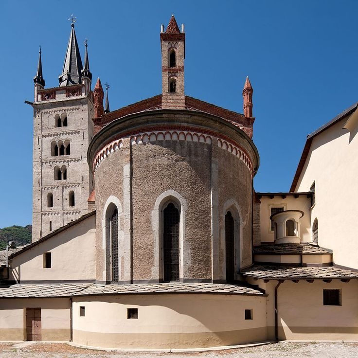 Cattedrale di San Giusto a Susa (To) - Info su storia, arte, liturgia e devozione sul sito web del progetto #cittaecattedrali