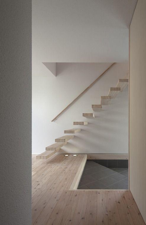 I-HOUSE 階段|HouseNote(ハウスノート)                                                                                                                                                     もっと見る