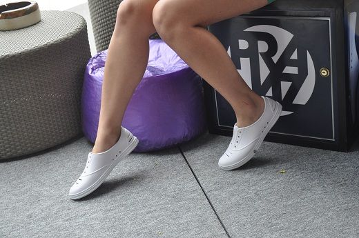 The shoes are made of the same material--which is anti-microbial--used in running shoes, making them foot odor resistant and comfortably cushioned. Read More: http://www.juice.ph/nightout/features/praiaz-to-the-beach-and-beyond