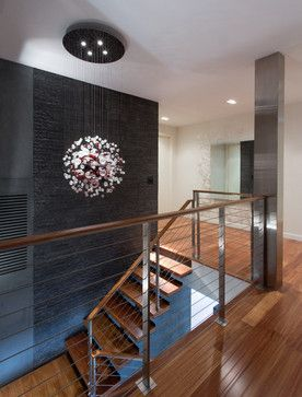 Contemporary Home Split Foyer Design Ideas, Pictures, Remodel, and Decor - page 191