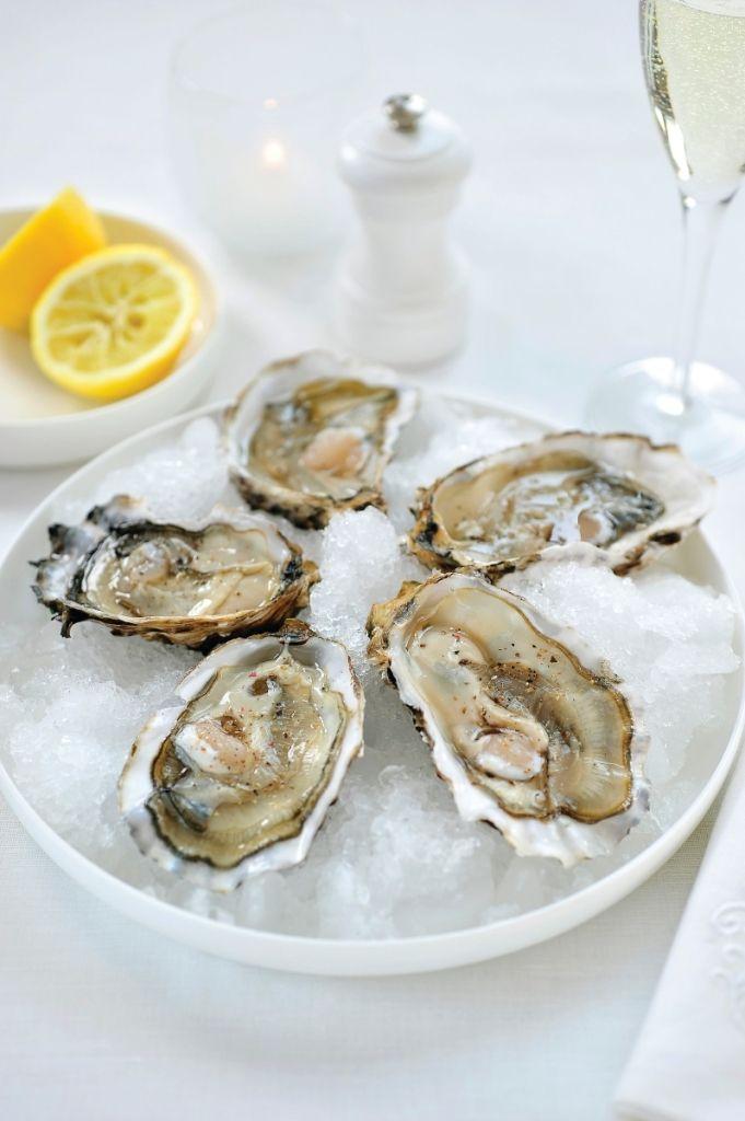 Oesters op ijs http://njam.tv/recepten/oesters-op-ijs