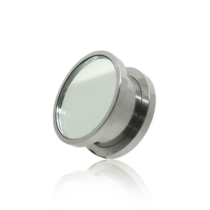 Tunnel vissable avec un miroir, en acier chirurgical pour l'oreille. Disponible du 4mm au 16mm. C-bo piercing vous propose des piercing originaux.