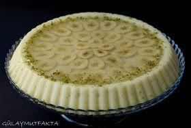gülay mutfakta: Muzlu Sütlü İrmik Tatlısı