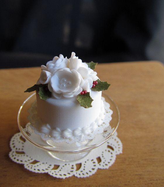 Dollhouse Christmas cake