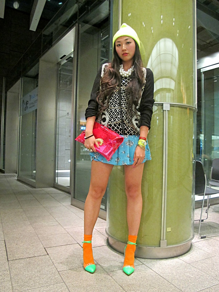 http://youstylexx.blogspot.jp/2013/03/merecedes-bens-fashion-week-pre-party.html