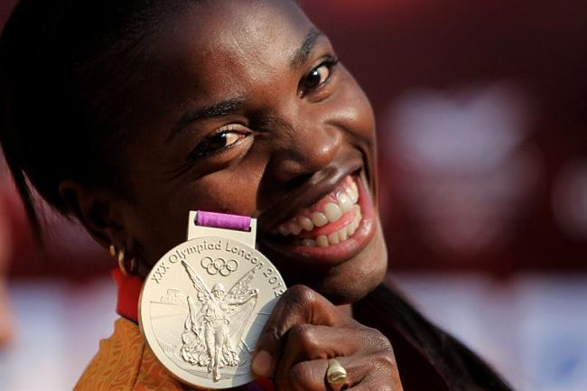 Caterine Ibargüen, of Colombia, with her triple jump silver medal from London 2012