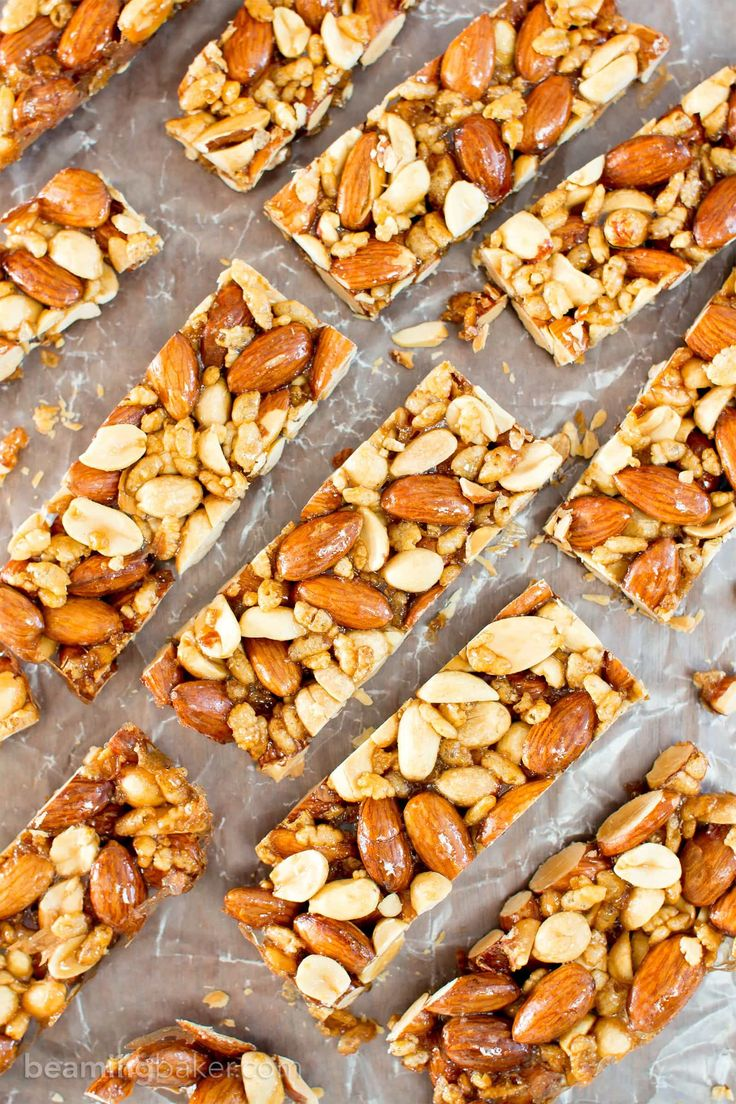 5 Ingredient Homemade KIND Nut Bars (V, GF, DF): an easy, one bowl recipe for irresistibly salty and sweet homemade KIND bars. #ProteinPacked #Vegan #GlutenFree #DairyFree #RefinedSugarFree | BeamingBaker.com