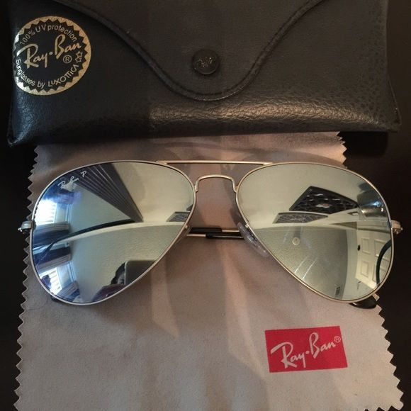 Ray-Ban Aviator Mirror Glasses Comes with the essential kit as seen in picture. Are used but in good condition. I'd like to say 5 months I've had them and used them not so often. No major scratches on lenses. Purchased from Macy's! 100% Authentic Ray-Ban sunglasses. Price is firm. These are the silver mirror ones. Let me know if you want more pictures :) Ray-Ban Accessories Glasses