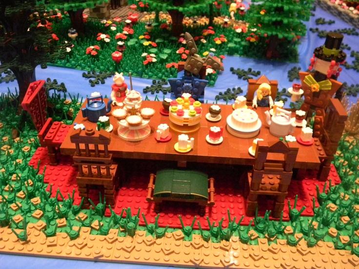 Lego Alice in Wonderland Tea Party. | Lego | Pinterest ...