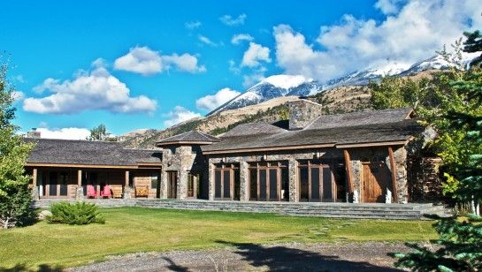 Denis Quaid's Paradise Valley Ranch - now this I really like!
