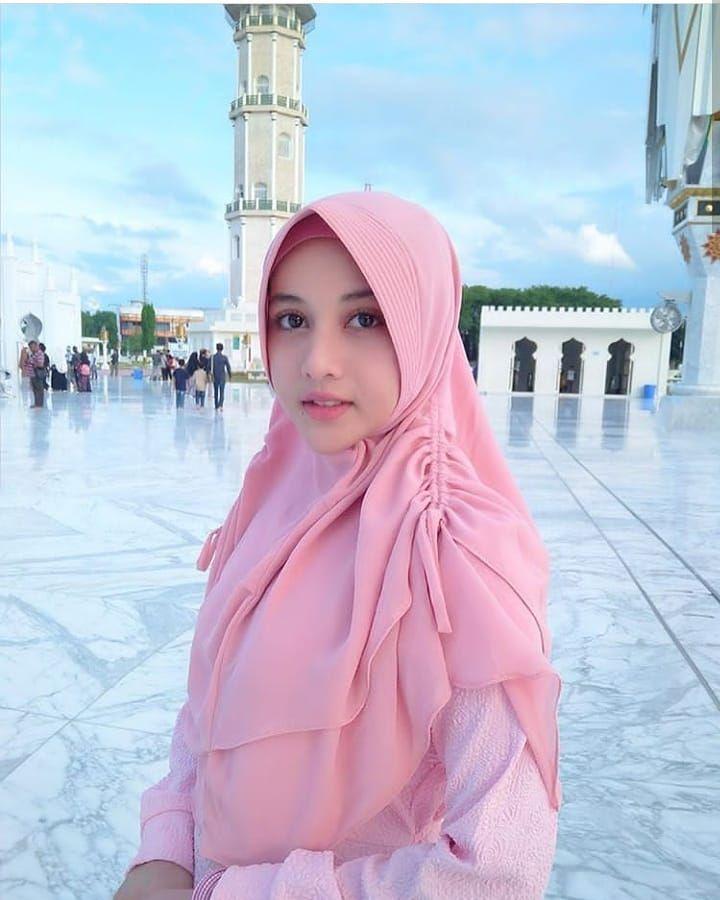 Wanita Hijab Cantik Instagram