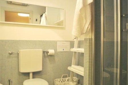 Bathroom B&B Stop and Sleep Udine Front Station #art #design #sleeping #dream #udine #travel