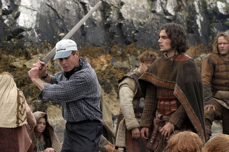 BEHIND THE SCENES FLASHBACK: Henry  Cavill with director, Kevin Reynolds, on the set of Tristan & Isolde as they go over a fighting scene.