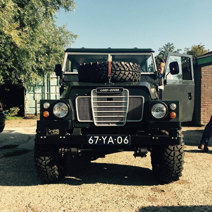 Land Rover Series 3 lightweight in black