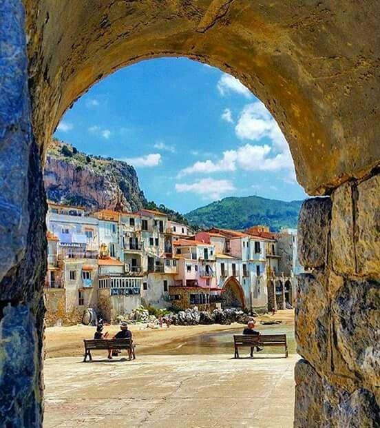 Cefalu, Sicilia
