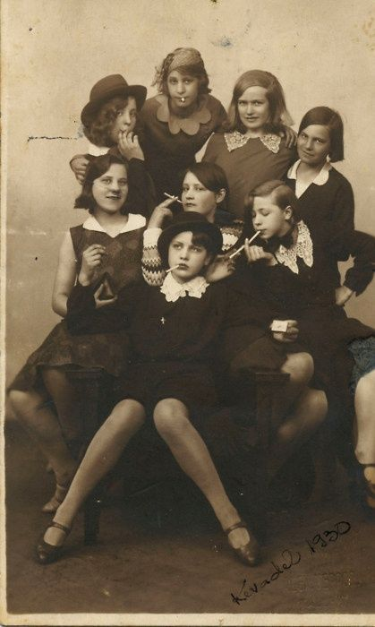 1930's Teen Delinquents - Even Hoodlums were more stylish back then!