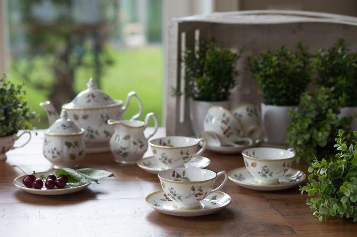 Set de ceai din porțelan englezesc!