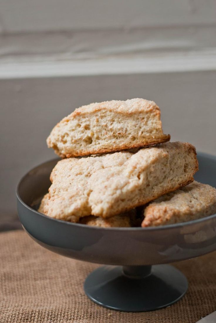 Toasted Coconut and Lemon Scones | Natrel