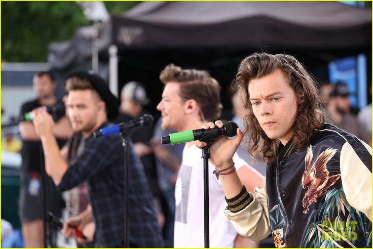 one direction drag me down gma 02