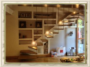 Scale in legno su misura - Rivestimento di scalini in muratura - FALEGNAMERIA ROMA Lavorazioni artigianali in legno su misura ARTIGIANA ARREDI