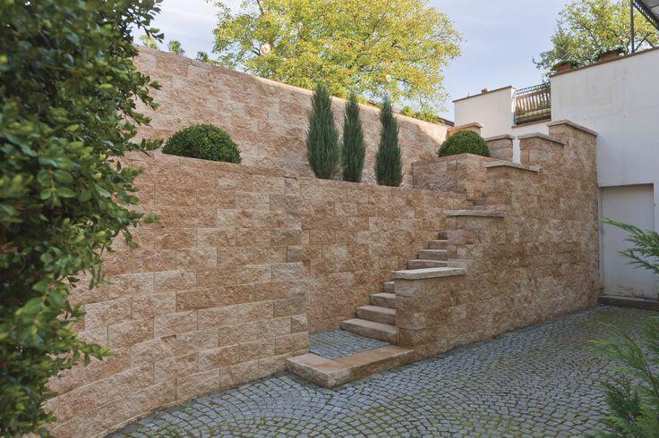 die besten 25 natursteinmauer ideen auf pinterest zaunbau gartenmauer designs und. Black Bedroom Furniture Sets. Home Design Ideas