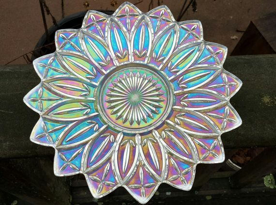 Carnival Glass clear iridescent glass serving bowl in the Petal Pattern by Federal Glass 1960s D077-3